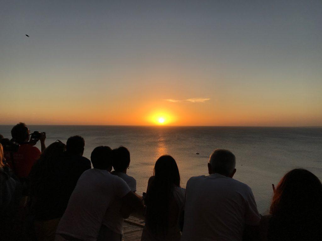 """Adiós Sol...! Mañana te espero otra vez"" - Vilaró"