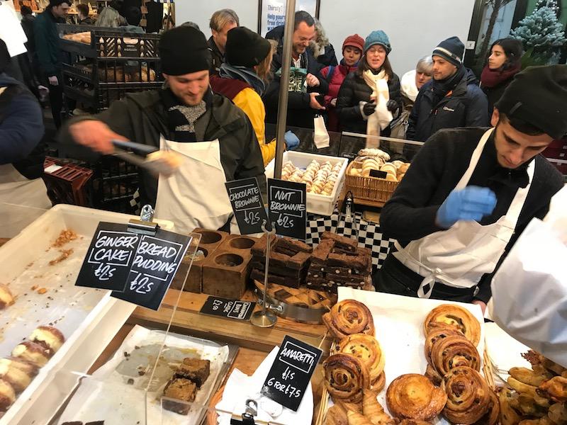Comer e beber no Borough Market em Londres